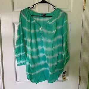 Chaps 3/4 sleeve sea foam green tie dyed blouse